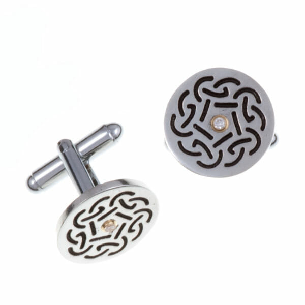 Round diamond cufflinks with Celtic knot