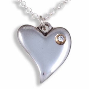 Diamond heart pendant 1