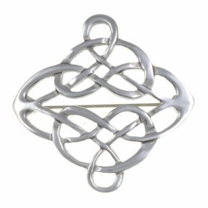 Linked knot brooch