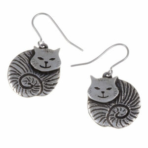 Fat cat drop earrings