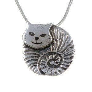 Fat cat pendant
