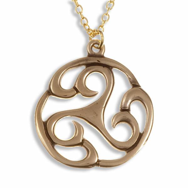 Apahida triscele pendant