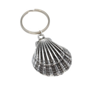 St Michael's Way shell keyring